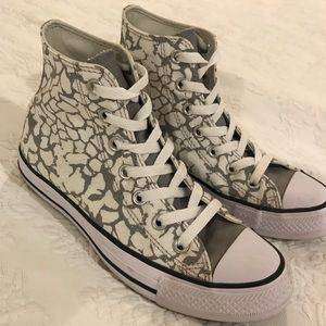 CUSTOM High Top Converse Gray and White Size 6.5